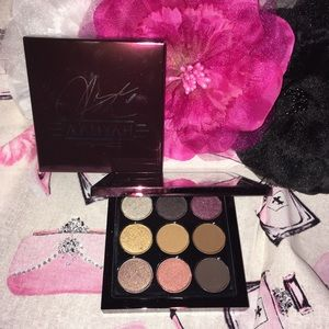 M•A•C AALIYAH Age Ain't Nothing 9x9 Eye Palette